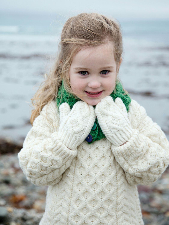 4bced48445e9 Children s Hand Knit Mittens - Aran Islands Knitwear